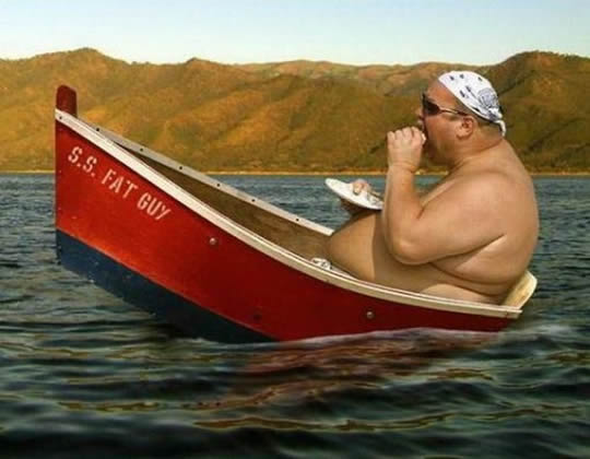 вот так надо кататься на лодке